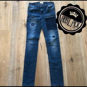 🎉HP🎉 Hudson Dolly Skinny Distressed Denim Jeans